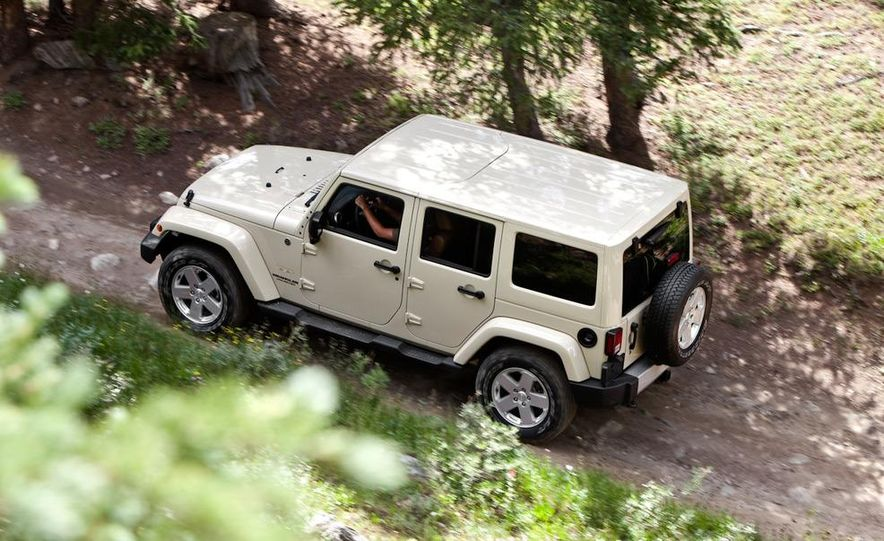 2011 Jeep Wrangler Sahara and Wrangler Unlimited Sahara - Slide 20