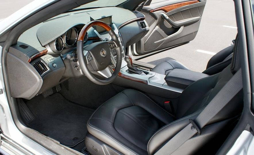 2011 Cadillac CTS coupe - Slide 27