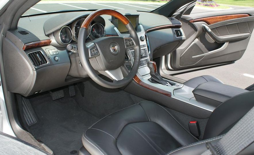 2011 Cadillac CTS coupe - Slide 28