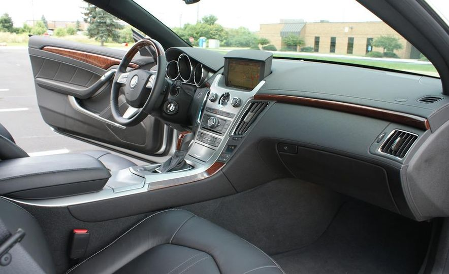 2011 Cadillac CTS coupe - Slide 29