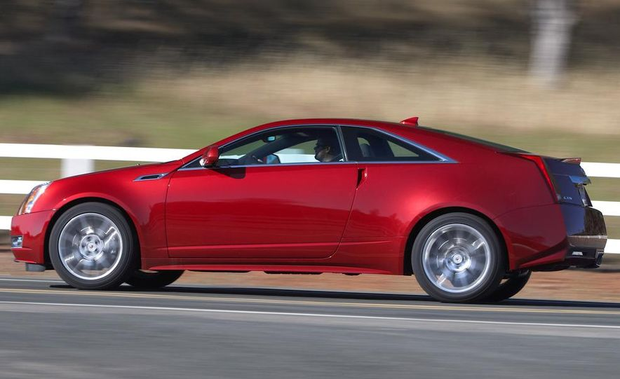 2011 Cadillac CTS coupe - Slide 24