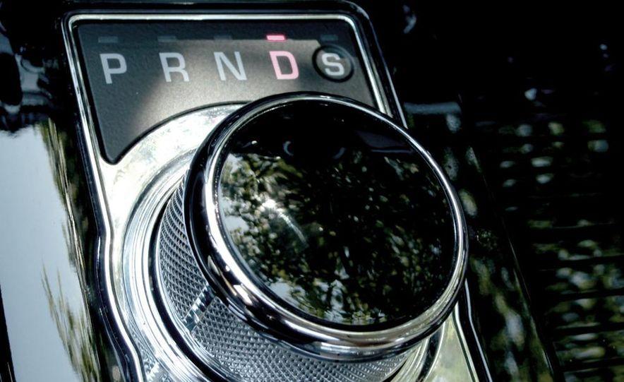 2011 Jaguar XJ Supercharged - Slide 39