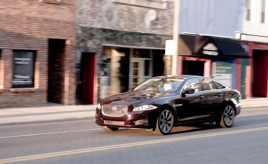 2011 Jaguar XJ Supercharged - Slide 10