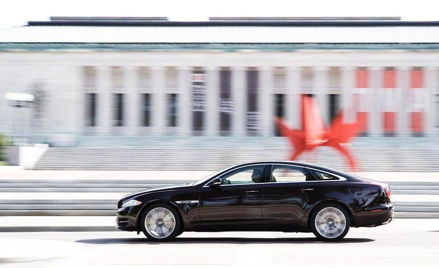 2011 Jaguar XJ Supercharged - Slide 4