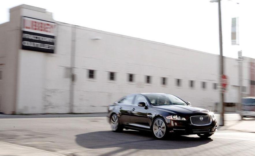 2011 Jaguar XJ Supercharged - Slide 6