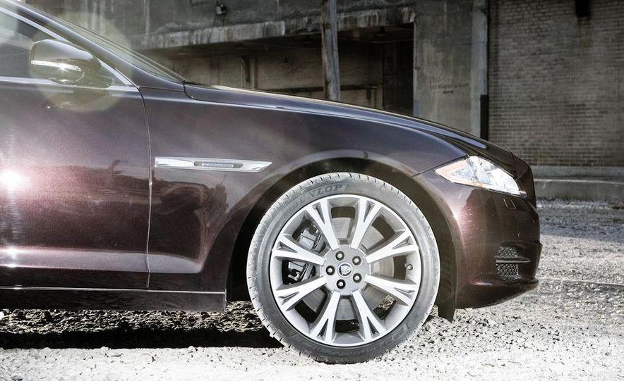 2011 Jaguar XJ Supercharged - Slide 20