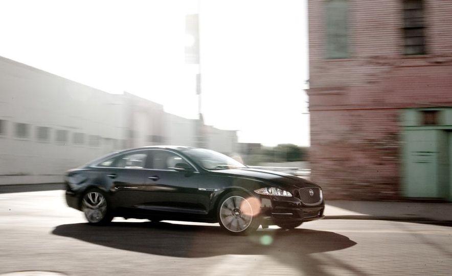 2011 Jaguar XJ Supercharged - Slide 7