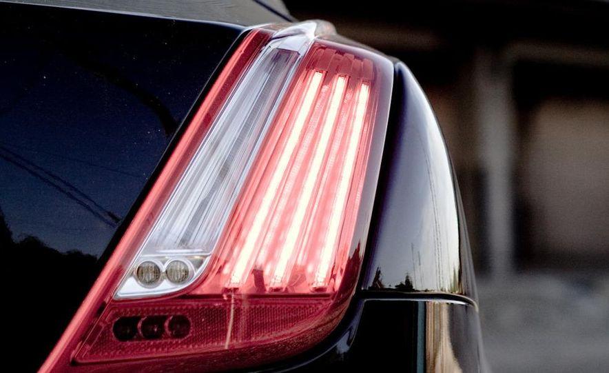 2011 Jaguar XJ Supercharged - Slide 23
