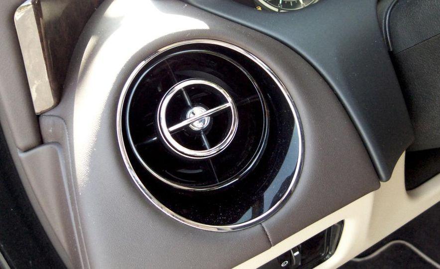 2011 Jaguar XJ Supercharged - Slide 31