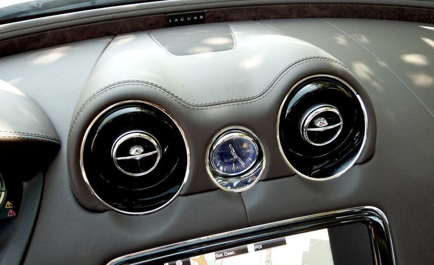 2011 Jaguar XJ Supercharged - Slide 34