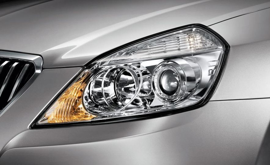 2010 Buick Excelle GT - Slide 19