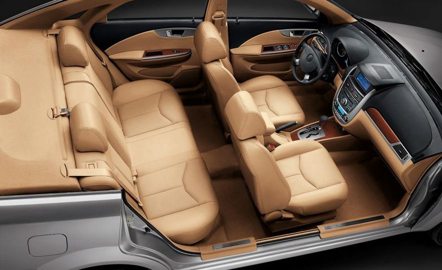 2010 Buick Excelle GT - Slide 21