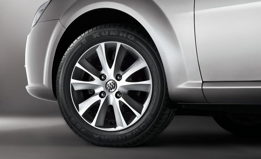 2010 Buick Excelle GT - Slide 20