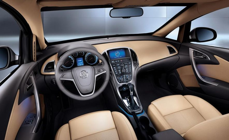 2010 Buick Excelle GT - Slide 6
