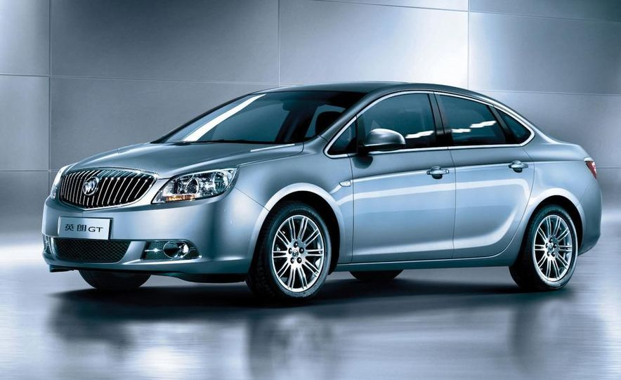 2010 Buick Excelle GT - Slide 1