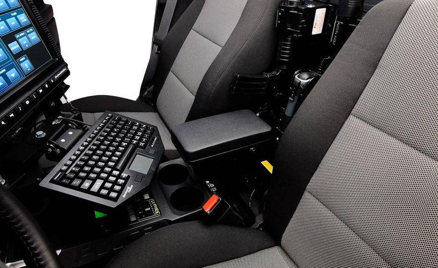 2012 Ford Explorer Police Interceptor Utility - Slide 25