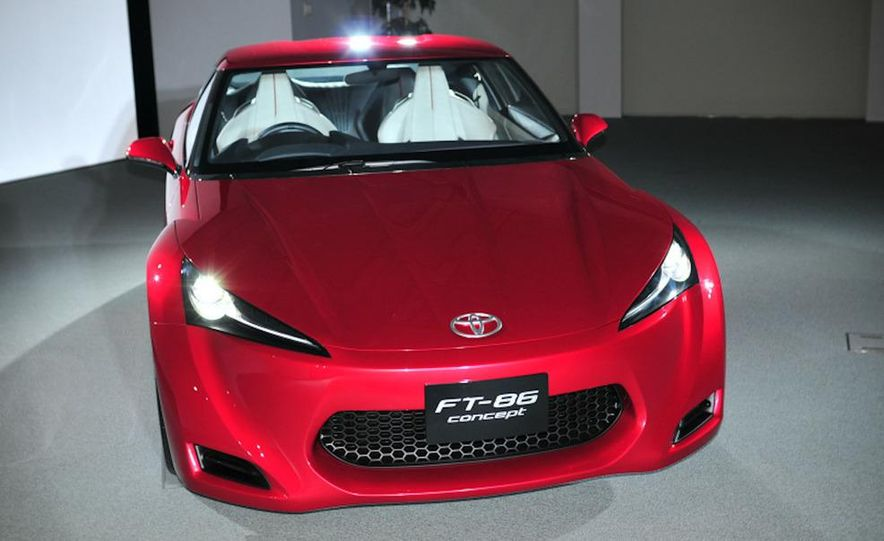 2012/2013 Toyota FT-86 / Subaru 0846 sports coupe (spy photo) - Slide 18