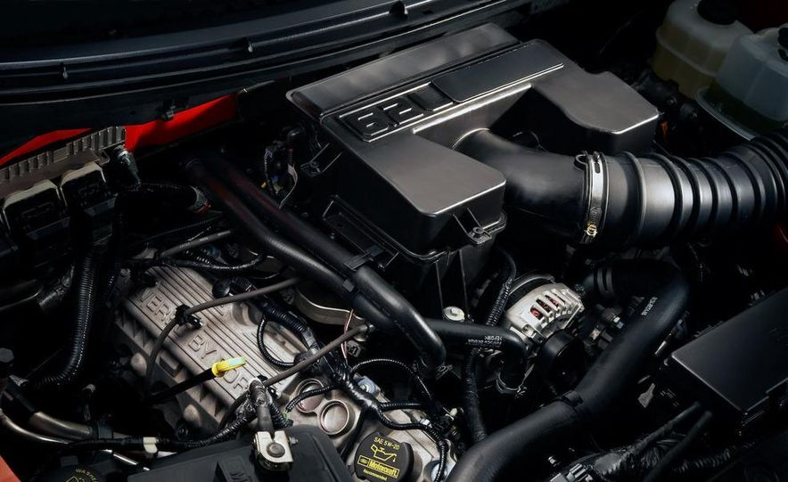 2011 Ford F-150 SVT Raptor SuperCrew - Slide 26