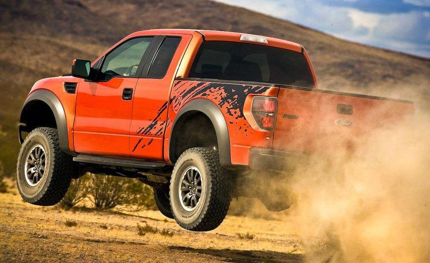 2011 Ford F-150 SVT Raptor SuperCrew - Slide 19
