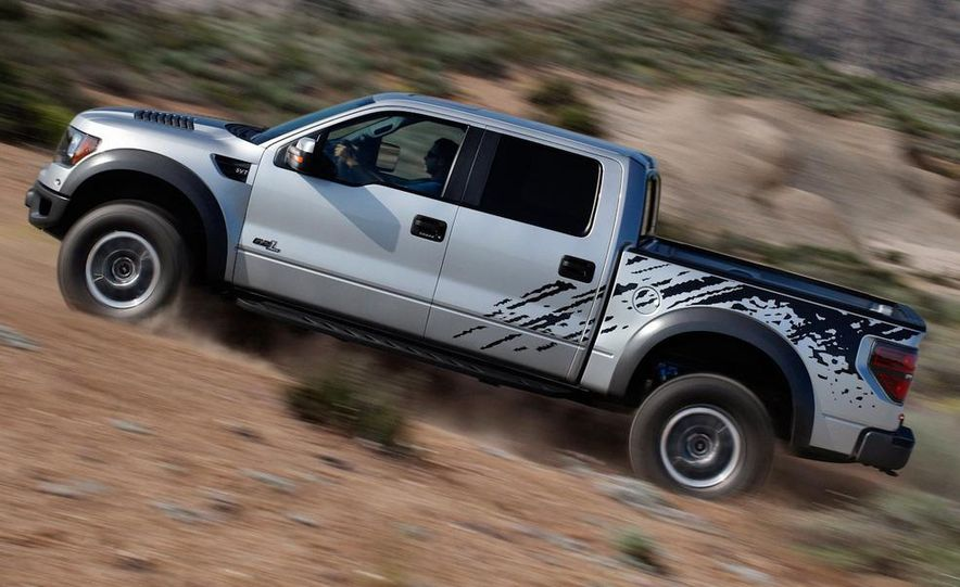 2011 Ford F-150 SVT Raptor SuperCrew - Slide 3