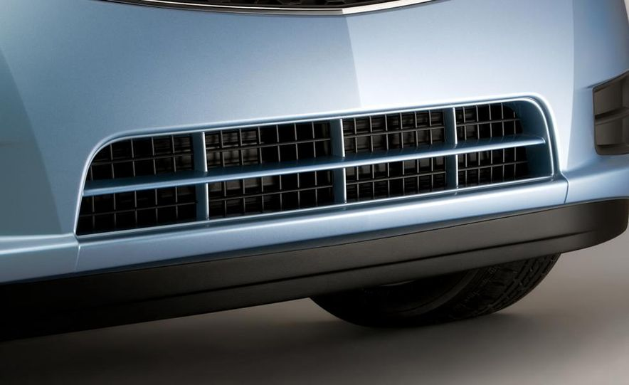 Chevrolet Cruze hatchback concept - Slide 63