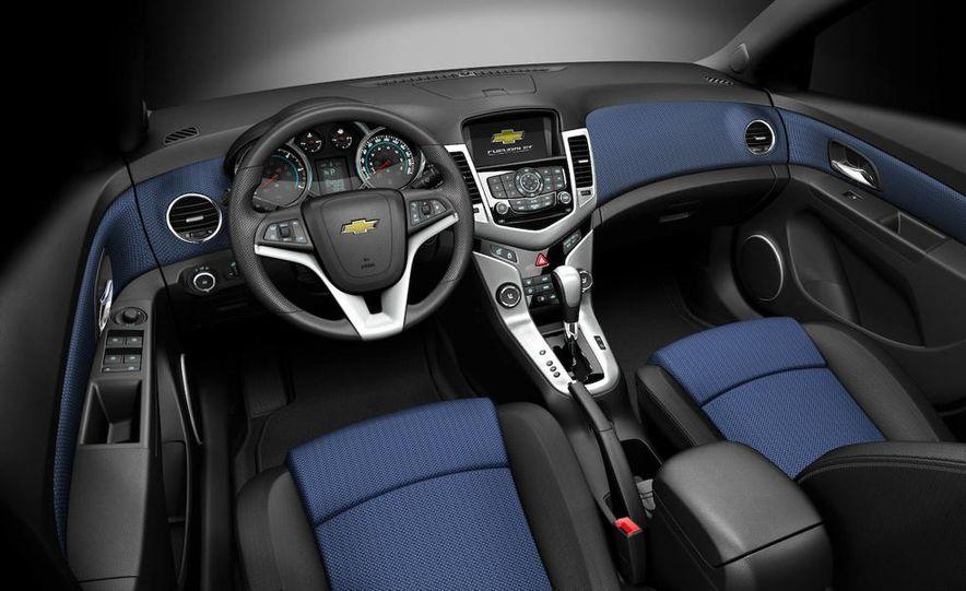 Chevrolet Cruze hatchback concept - Slide 72