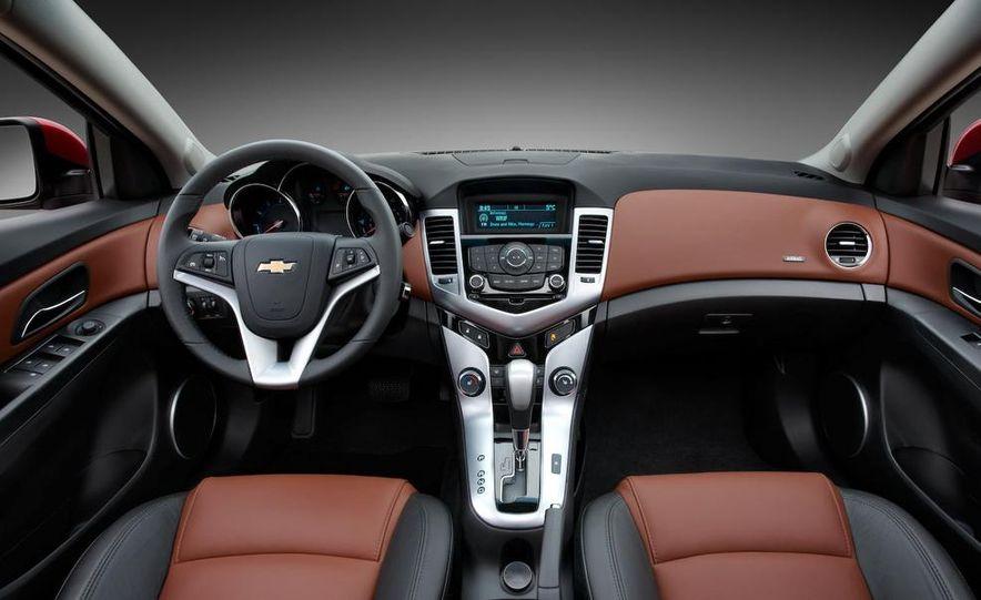 Chevrolet Cruze hatchback concept - Slide 56