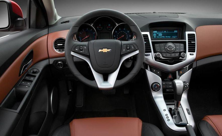Chevrolet Cruze hatchback concept - Slide 57