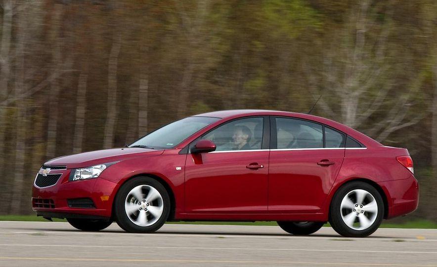 Chevrolet Cruze hatchback concept - Slide 41