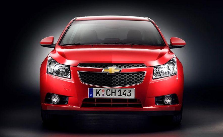 Chevrolet Cruze hatchback concept - Slide 71