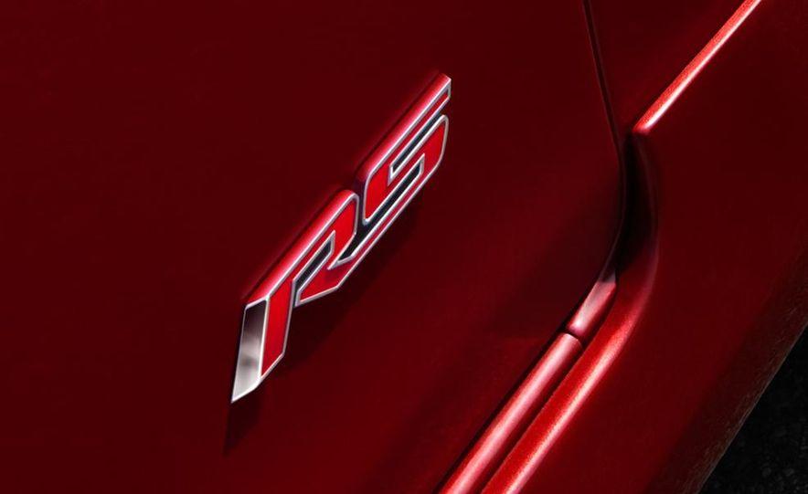 Chevrolet Cruze hatchback concept - Slide 23
