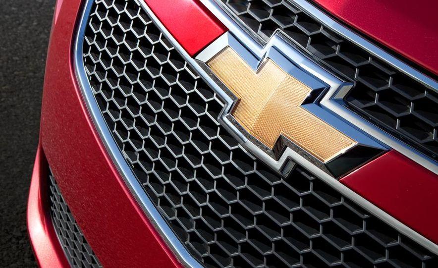 Chevrolet Cruze hatchback concept - Slide 22