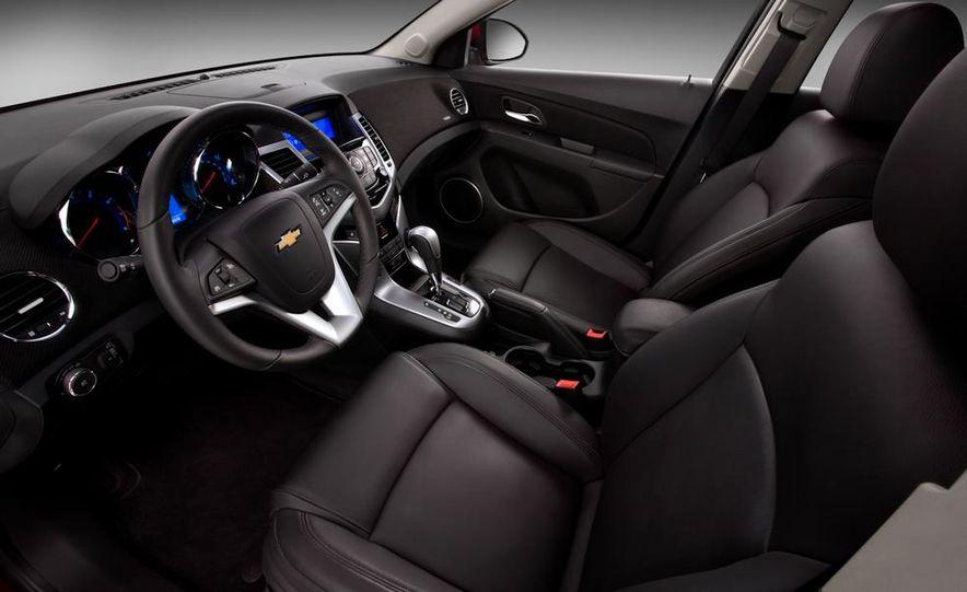Chevrolet Cruze hatchback concept - Slide 25