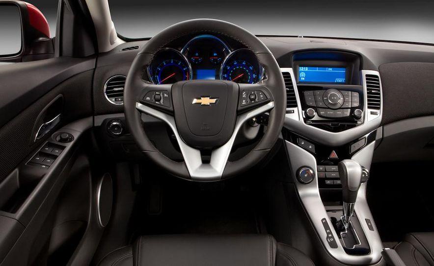 Chevrolet Cruze hatchback concept - Slide 26