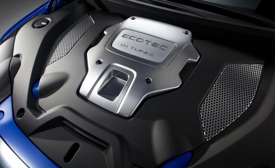 2012 Chevrolet Aveo 5-door - Slide 39