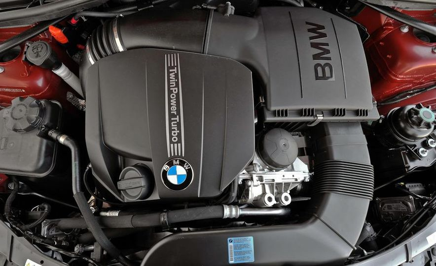 2011 BMW 335i coupe (European spec) - Slide 33