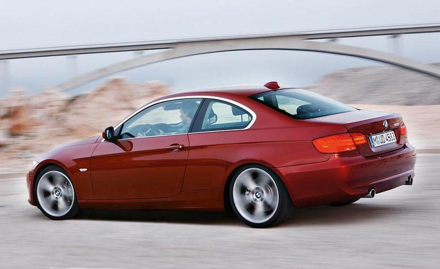 2011 BMW 335i coupe (European spec) - Slide 7