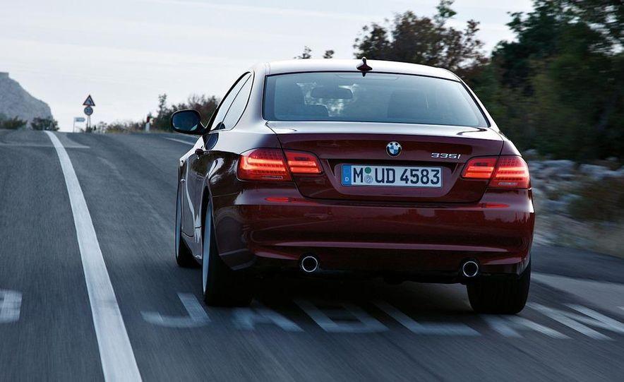 2011 BMW 335i coupe (European spec) - Slide 8