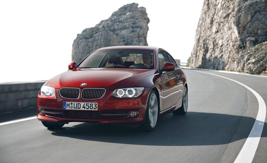 2011 BMW 335i coupe (European spec) - Slide 9