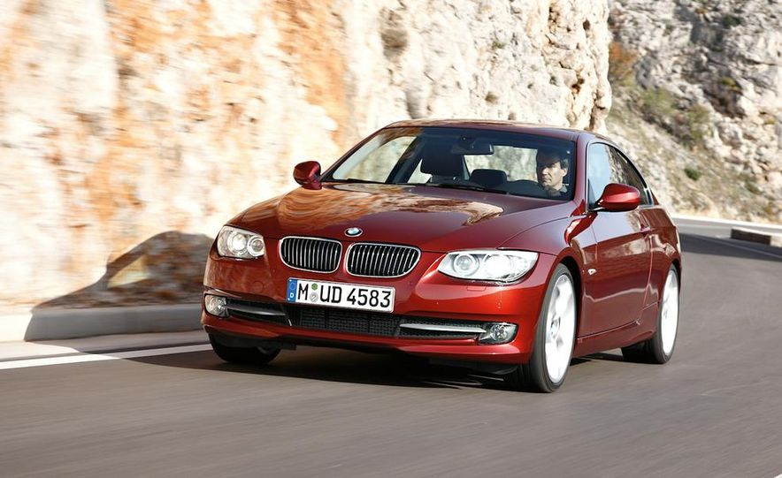 2011 BMW 335i coupe (European spec) - Slide 10