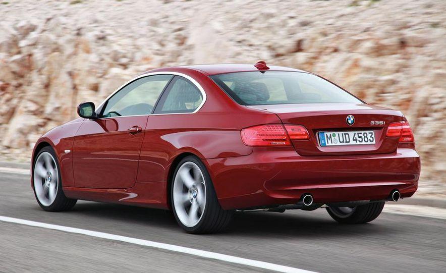 2011 BMW 335i coupe (European spec) - Slide 13