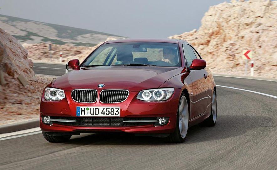 2011 BMW 335i coupe (European spec) - Slide 14