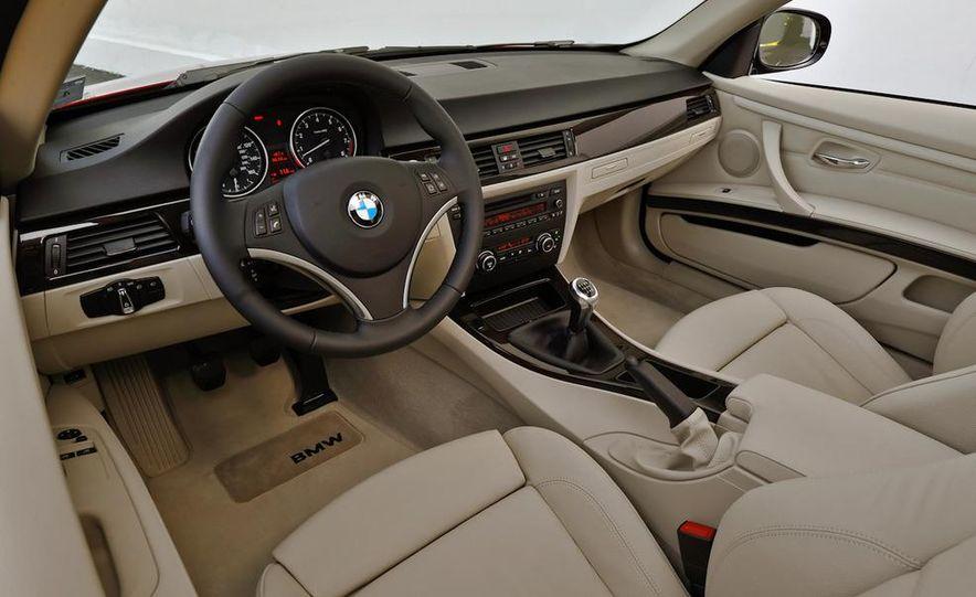 2011 BMW 335i coupe (European spec) - Slide 31