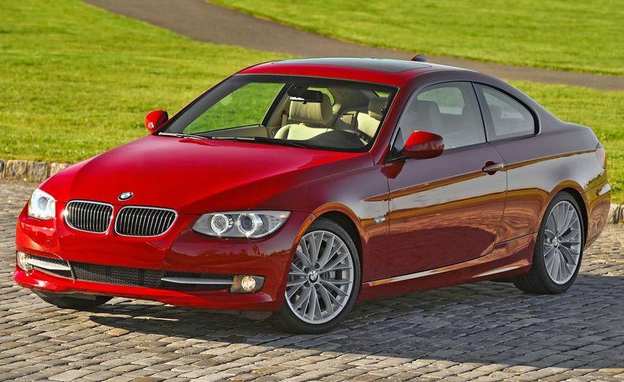 2011 BMW 335i coupe (European spec) - Slide 17