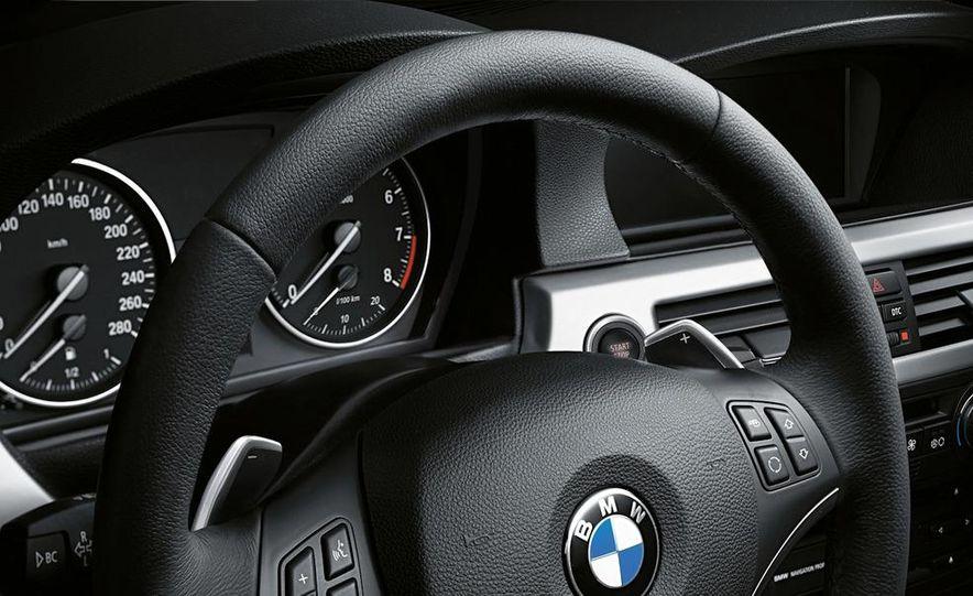 2011 BMW 335i coupe (European spec) - Slide 29
