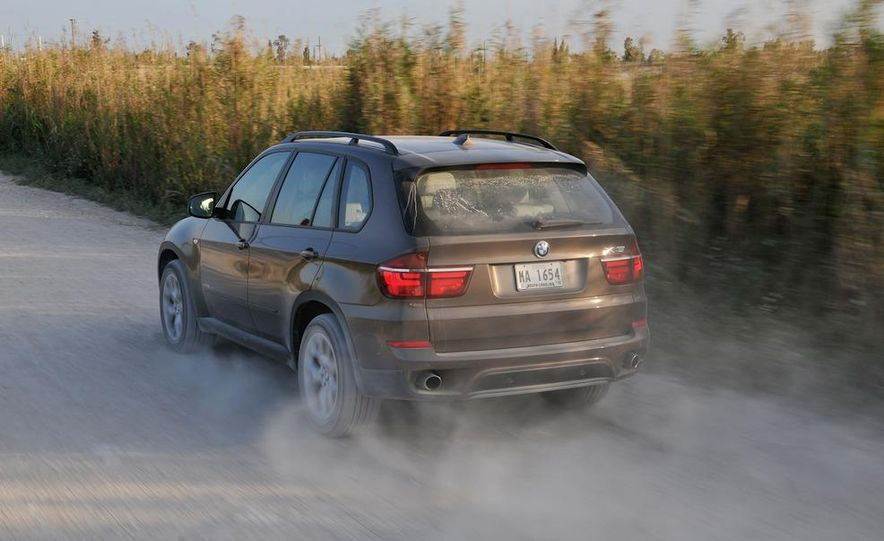 2011 BMW X5 xDrive35i (European spec) - Slide 34