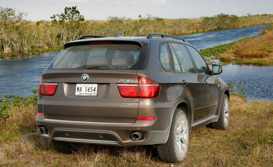 2011 BMW X5 xDrive35i (European spec) - Slide 25