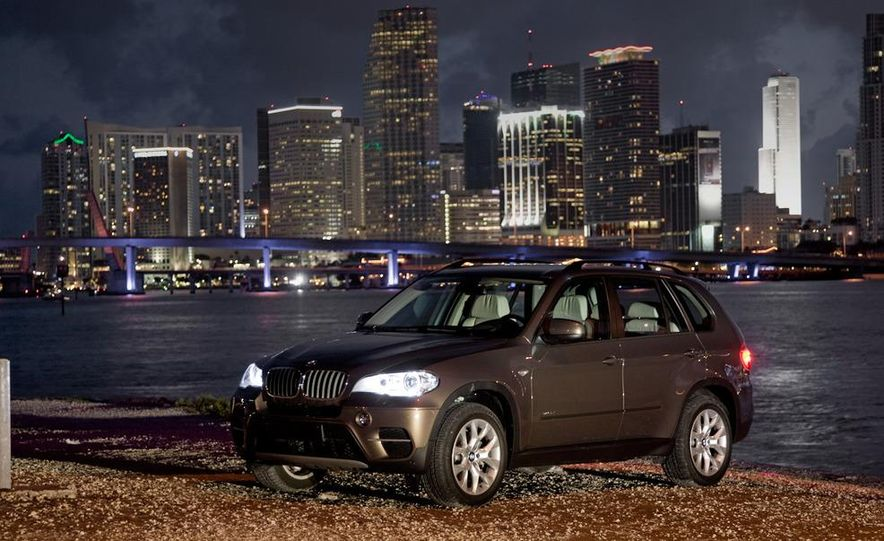2011 BMW X5 xDrive35i (European spec) - Slide 39