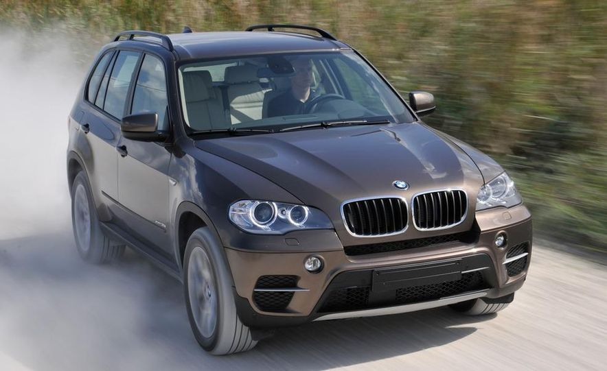 2011 BMW X5 xDrive35i (European spec) - Slide 32