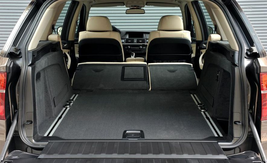 2011 BMW X5 xDrive35i (European spec) - Slide 49